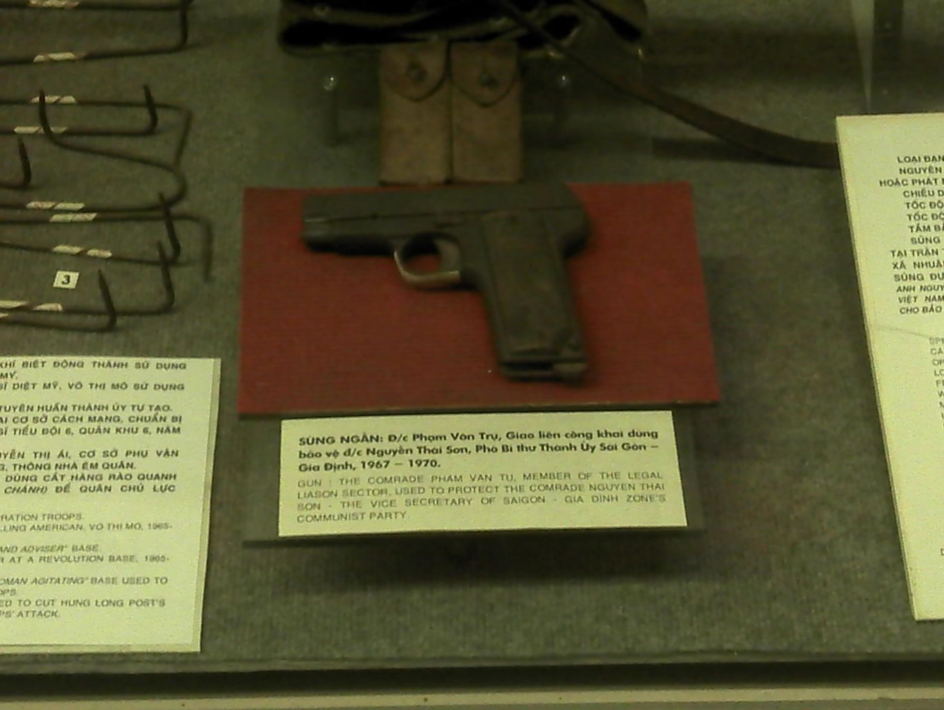 """The gun used by Comrade Pham Van Tu to protect Comrade Nguyen Thai Son"". Hm."